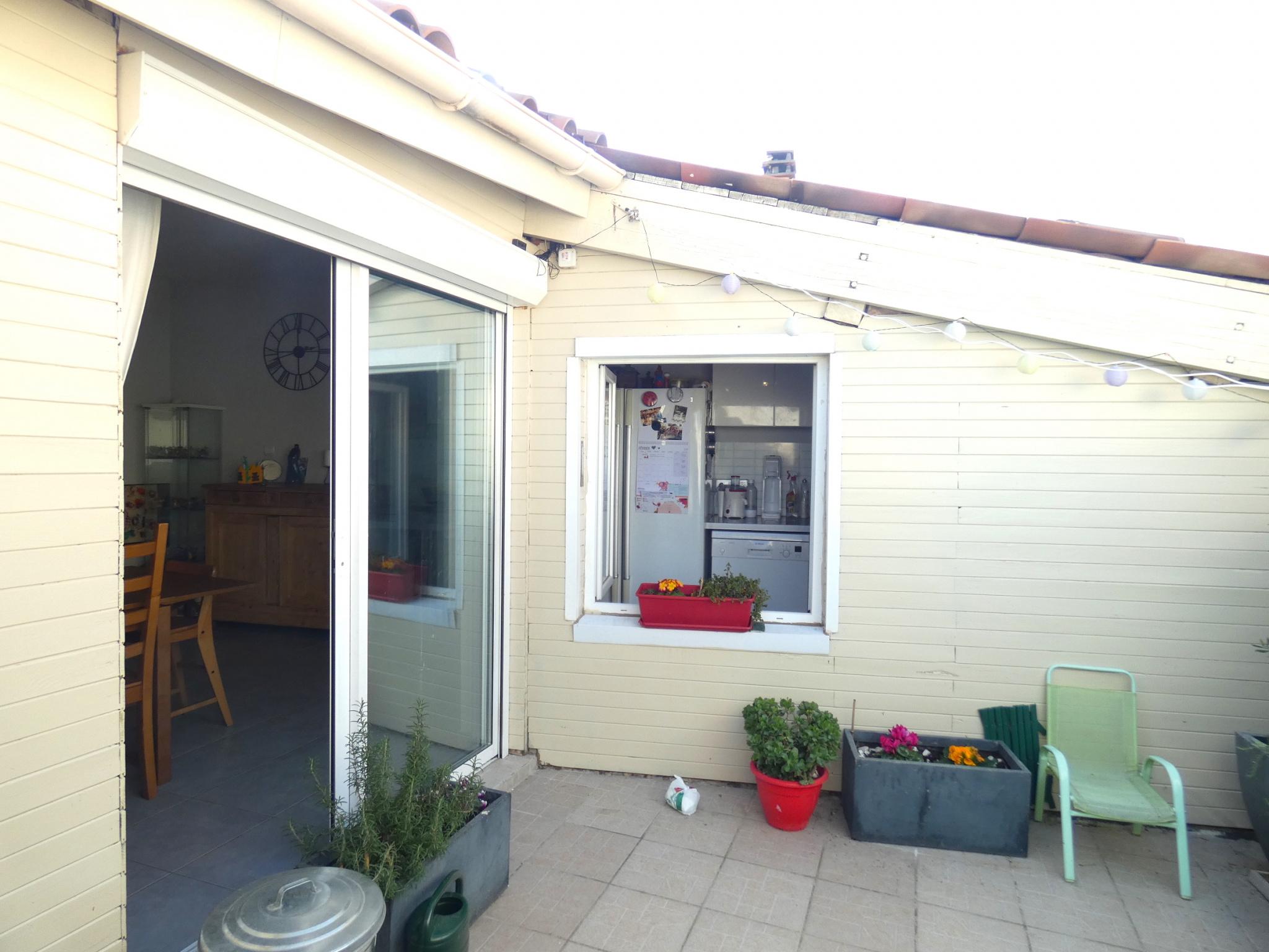 Cuisine Integree Dans Salon vente: maison / villa maison 88m2 avec garage 40m2, séjour